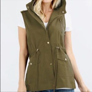 Zenana Outfitters cotton utility hooded vest/NWOT